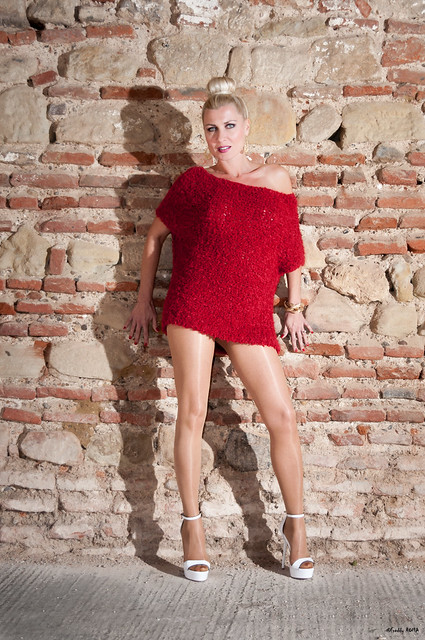 Pin Up Caroline - Lady in Red (11)
