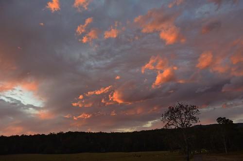 winter sunset sundown australia nsw northernrivers sunlitclouds scrubbycreek backcreekvalley