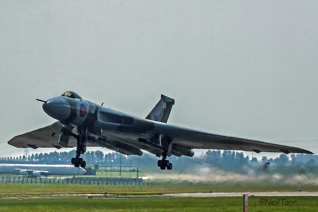 XH558 W13 Take-off