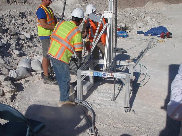 Bringing the planetary deep drill up