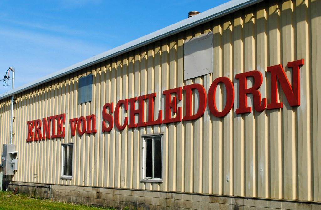 Ernie Von Schledorn >> Ernie Von Schledorn Car Dealership Mayville Wisconsin