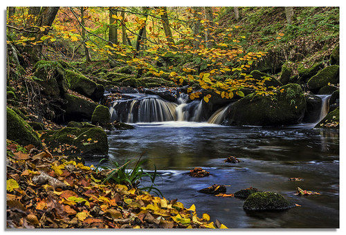 autumn water yorkshire hebdenbridge d600 hardcastlecrags