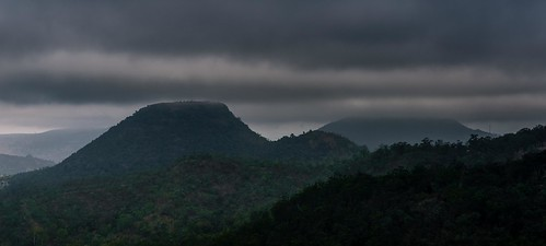 cloud bands dark rain fog mist great dividing range toowoomba queensland australia grey storm landscape