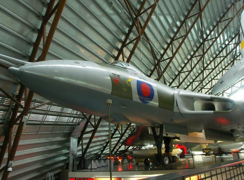 Avro Vulcan B.2 1