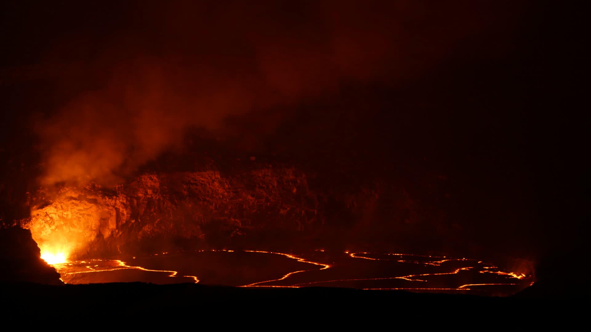 Timelapse of lava lake within Halema'uma'u Crater
