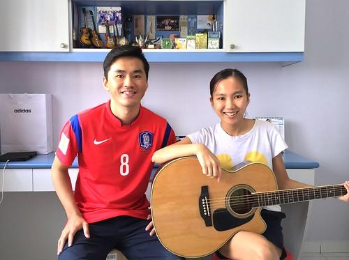 Private guitar lessons Singapore Karen