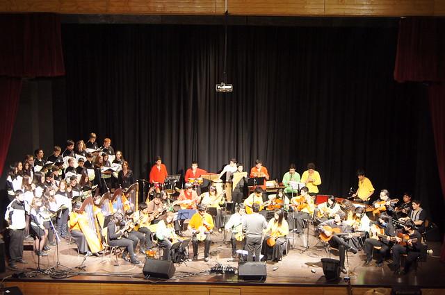 1306 - 28 Concierto con Orquesta Latinoamericana