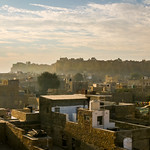 Jaisalmer Fort in the morning haze, Jaisalmer, India ジャイサルメール、朝の霞んだフォート