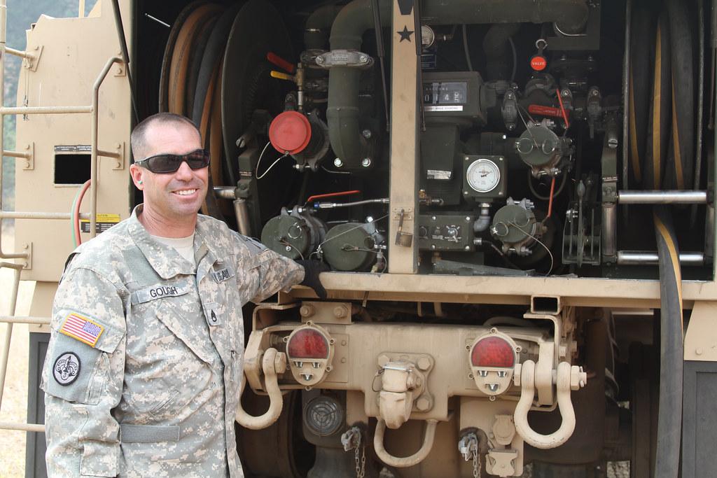150820-Z-WM549-050 - Staff Sgt. Curtis Gough, a fueler with … - Flickr