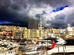 Dramatic sky's and boats in Monaco! #upsticksandgo #travel #montecarlo #monaco #travelgram #travelingtheworld #michfrost #tourist #dramaticsky #instatravel #instagood #instagram