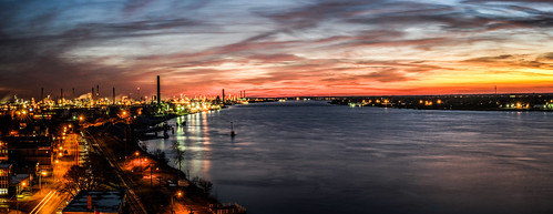 longexposure nightphotography sunset panorama usa ontario michigan bluewater sarnia refinery lakehuron stclaireriver chemicalvalley iol imperialoil