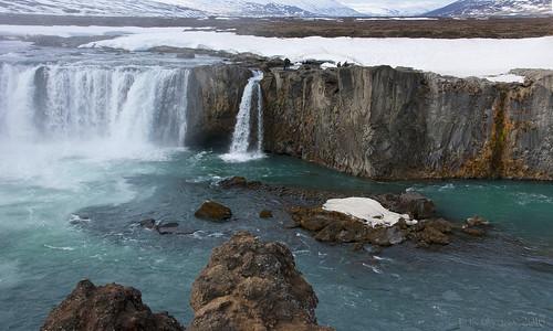 iceland centralnorthiceland myvatnregion landscape waterfall rivercanyon godafoss skjã¡lfandafljã³triver rockface beauty nature spring season seasonalchange lunaryuna
