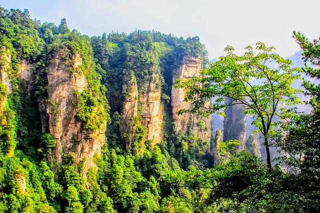 Spiral mountains -Zhangjiajie - Explore