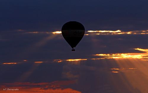 sunset hot outdoor air balloon