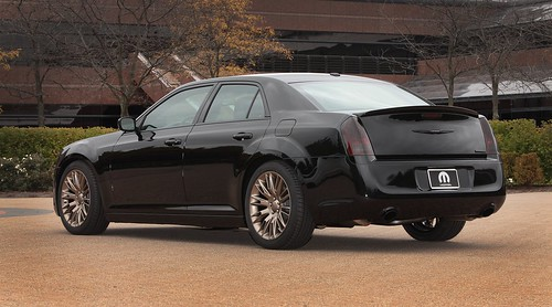 2014 Chrysler 300S Mopar 2013 SEMA - 02 | by Az online magazin