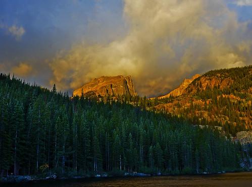 nature clouds sunrise rockies outdoors nationalpark colorado rockymountain bearlake halletspeak rockmountainnationalpark vividstriking
