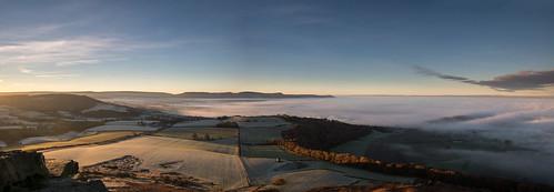 roseberrytopping sunrise clevelandhills temperatureinversion mist northyorksmoors northyorkshiremoors yorkshire northeast england autumn frost canon760d sigmaaf1770mmf2845dcmacro ndhardgrad06
