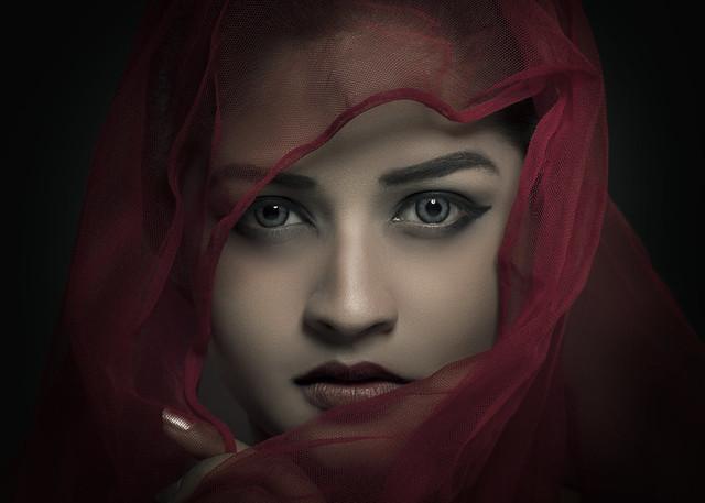 When eyes speak, heart does the listening