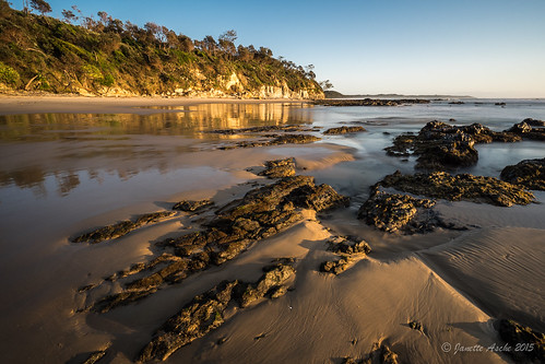 ocean longexposure sea seascape reflection beach water sunrise coast sand rocks australia coastal le shore nsw newsouthwales coastline goldenhour 2015 yuraygirnationalpark diggerscamp nd6filter sonya7r