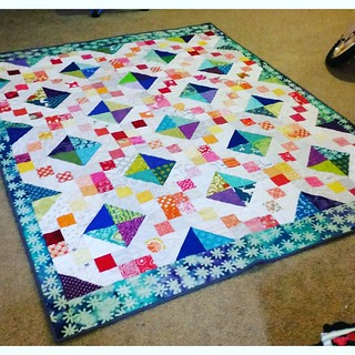 Finished quilt from the promise circle January 2015, Do.good.stitches!