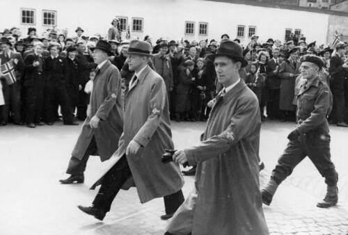 Sivile nordmenn i 17. mai-toget (1945)