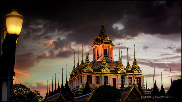 Wat Ratchanadda at sunset