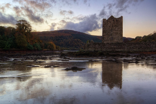 autumn trees ireland sunset sea reflection castle water wall forest landscape coast dusk coastal keep northernireland hdr costal countydown carlingfordlough warrenpoint newry narrowwatercastle
