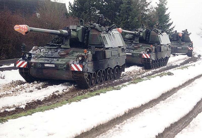 Panzerhaubitze 2000  5