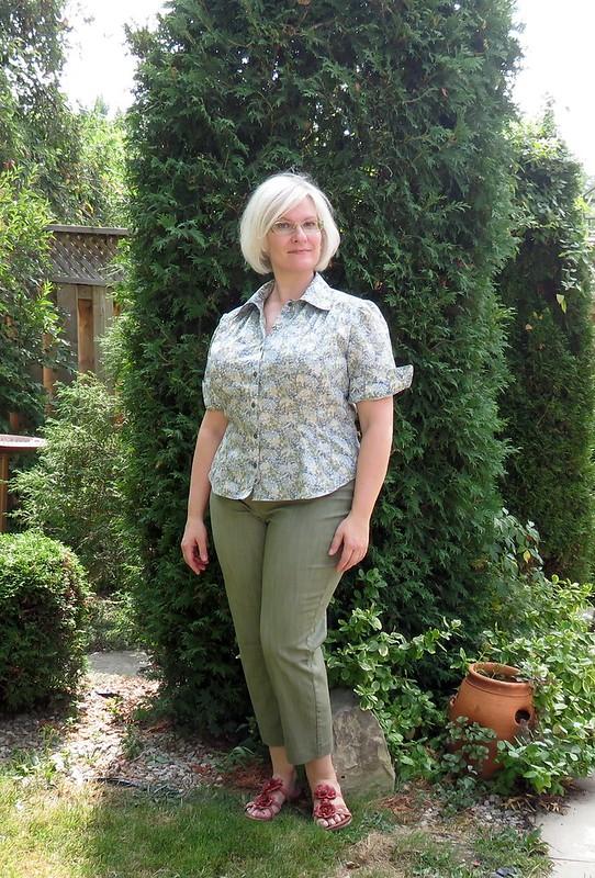 Burda 1-2011-107 blouse