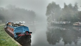 Fog on the Lee Valley   by j0e_m