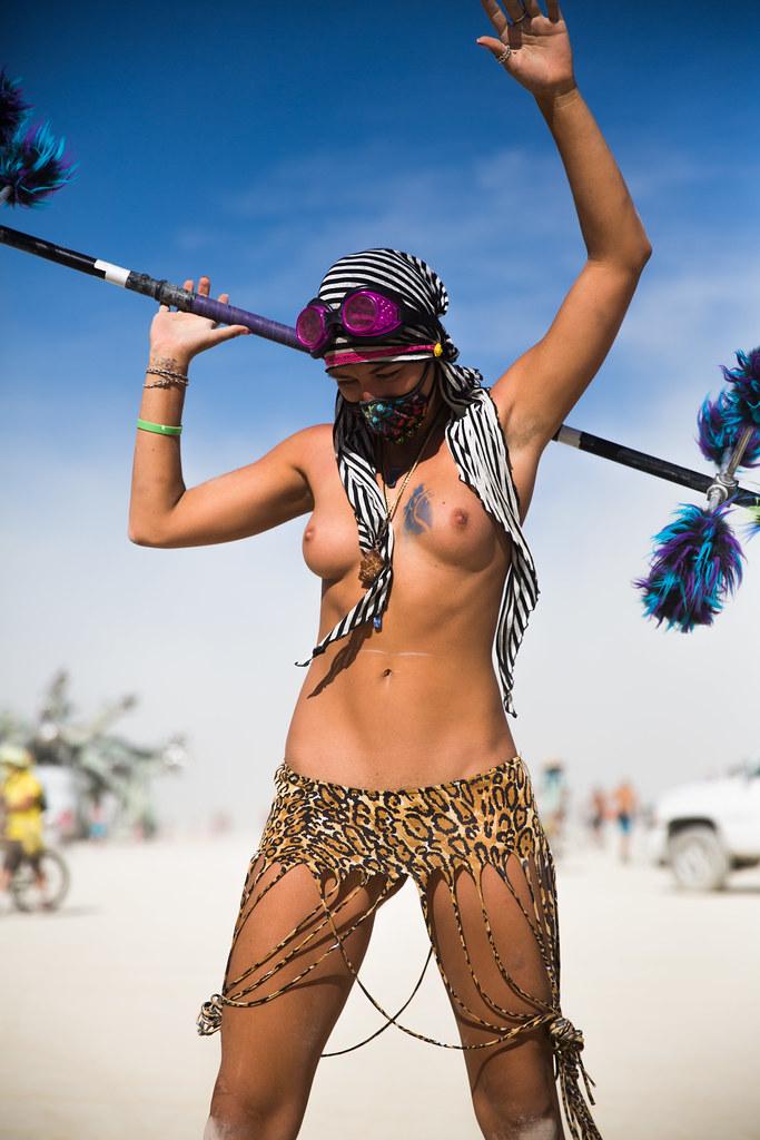 Nude In The Desert