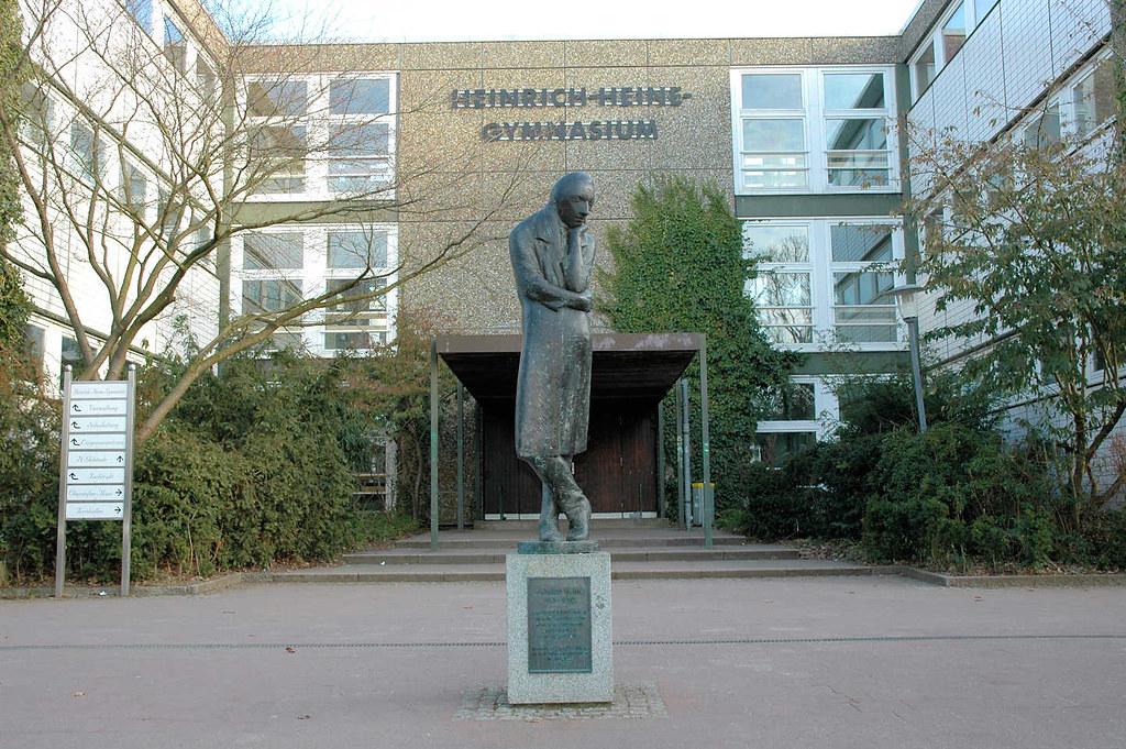 size 7 wholesale good selling 3172 Heinrich Heine Gymnasium in Hamburg Poppenbüttel; sei ...