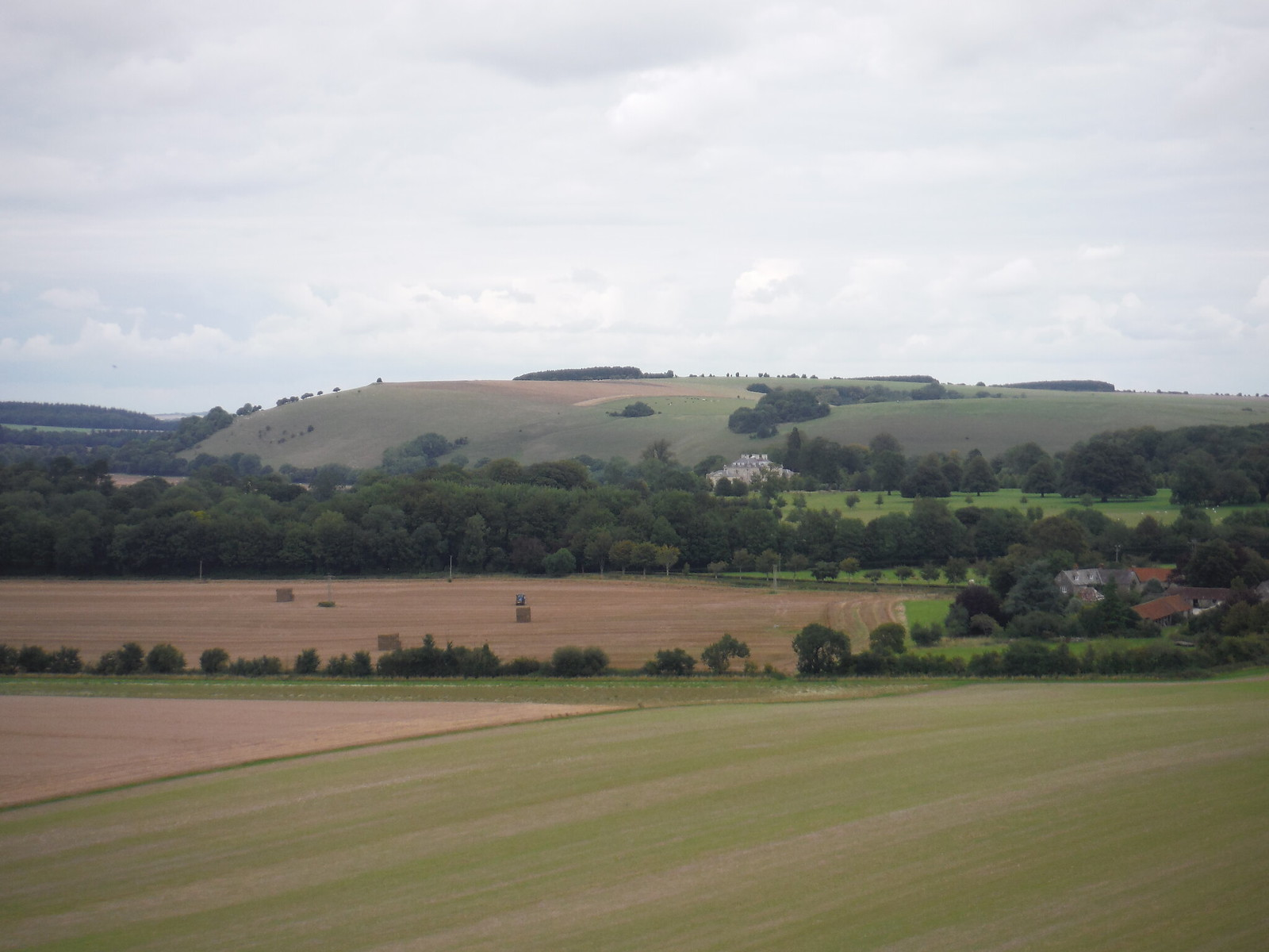 Ferne House and White Sheet Hill SWC Walk 251 Tisbury Circular via Ludwell and Berwick St. John