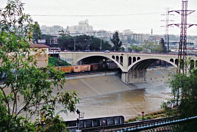 Broadway Street Bridge, Los Angeles River