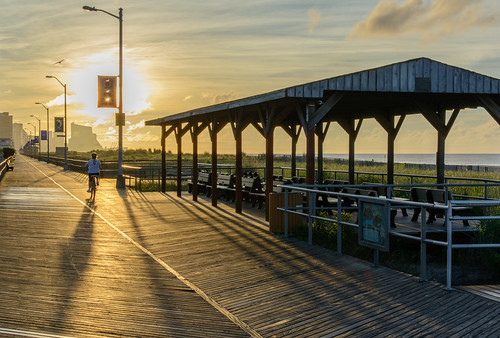 beach sunrise dawn newjersey boardwalk ventnornj