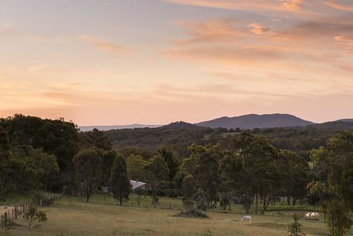 sky sunset mountains farm horse armidale invergowrie mountduval newengland newsouthwales nsw australia trees outdoors nikond750 tamron90mmmacrovcusm nisi 3stophardgrad tripod