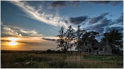 flint hills kansas marshall county old abandoned farmstead sunset full frame pentax k1