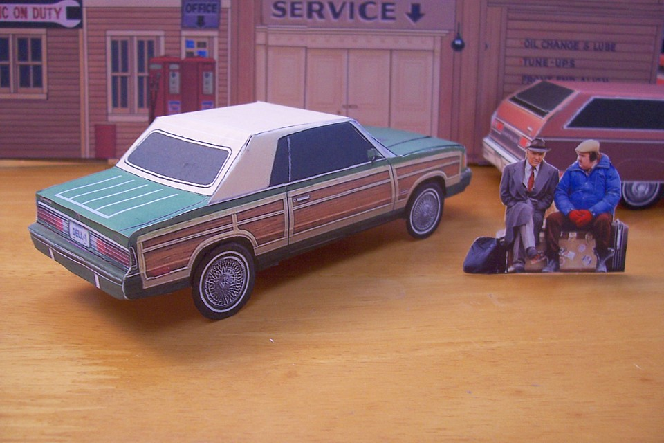 Papercraft Car 1pc U-make PLANES TRAINS /& AUTOMOBILES Movie Chrysler LeBaron