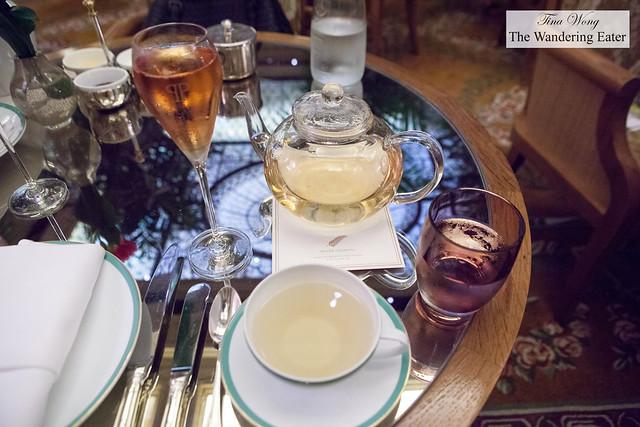 Silver Needles Grand Cru tea from Palais des Thés and Veuve Cliquot Brut Rosé Champagne