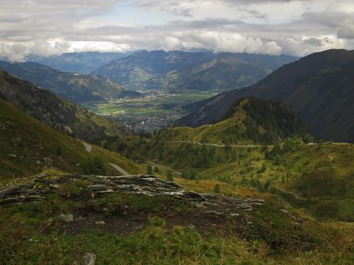 autumn mountain mountains alps clouds trekking landscape austria view hiking valley zellamsee kaprun kitzsteinhorn zellersee alexanderenzingertrail