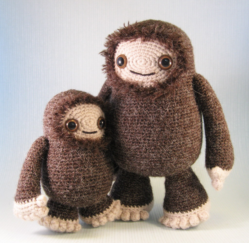 Ravelry: Little Bigfoot Monkey 2014 pattern by Sharon Ojala | 999x1024