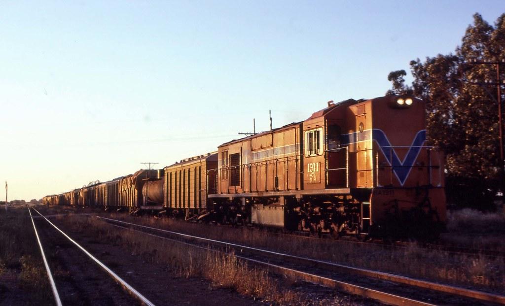 RA1911 goods Narngulu by 8888transportpix