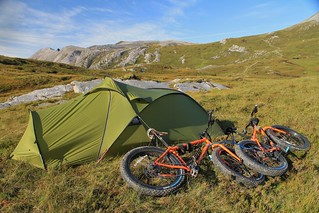 Arkle campsite, near the bealach | by Pikes On Bikes