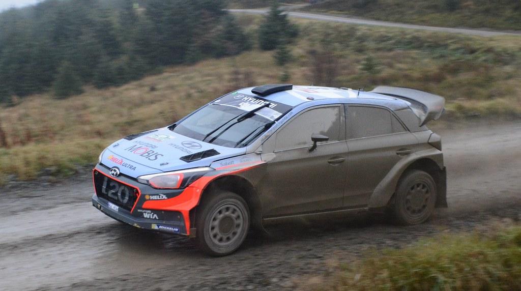 Hyundai i20 WRC - Neuville