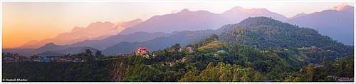 light sunset panorama india mountain mountains canon landscape temple golden ancient outdoor dusk hill hills valley sacred mountainside shiva hindu himachalpradesh foothill palampur dhauladhar baijnath 5dmarkiii