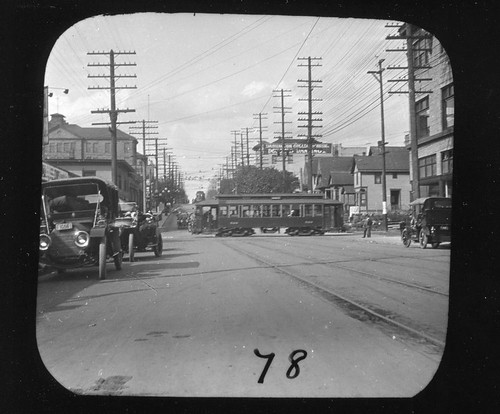 Broadway and Pike, Seattle, 1913