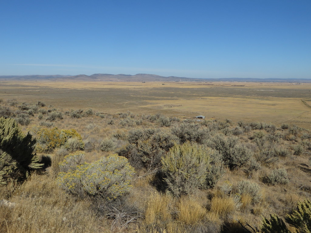 Heading Towards Malheur National Wildlife Refuge and Frenc
