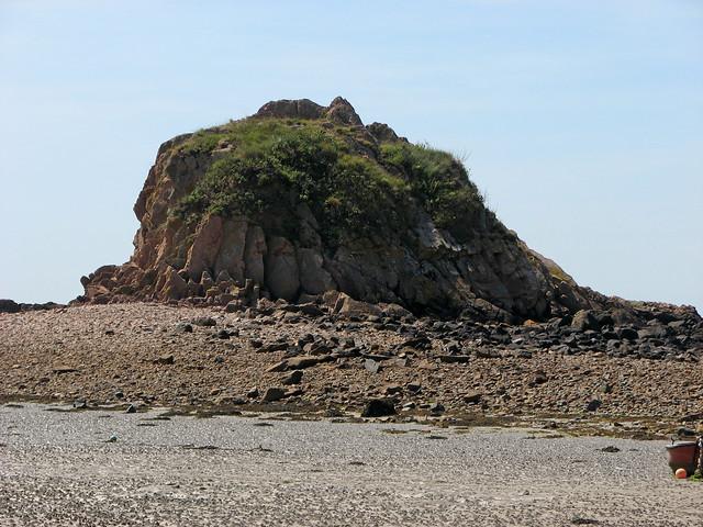 Rock off Le Hocq, Jersey