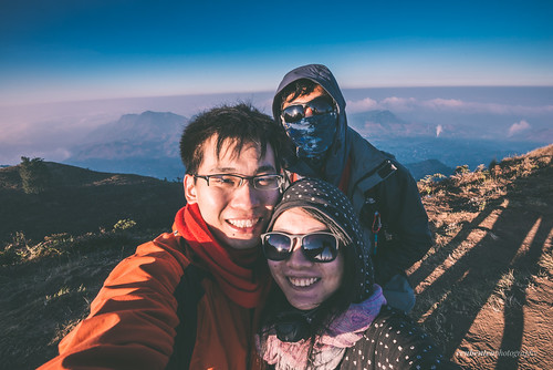 morning mountain sunrise indonesia java rocks asia hill jogja yogyakarta ascend selfie centraljava dieng prau wonosobo wefie