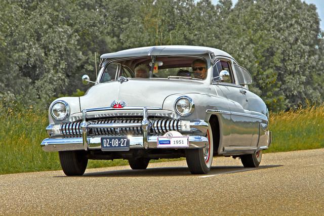 Mercury Sport Coupé 1951 (4121)